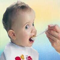 чем кормить ребенка в год